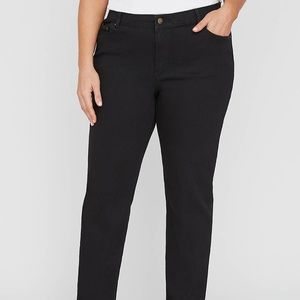 Catherine's NWT Right Fit Jean (Moderately Curvy)